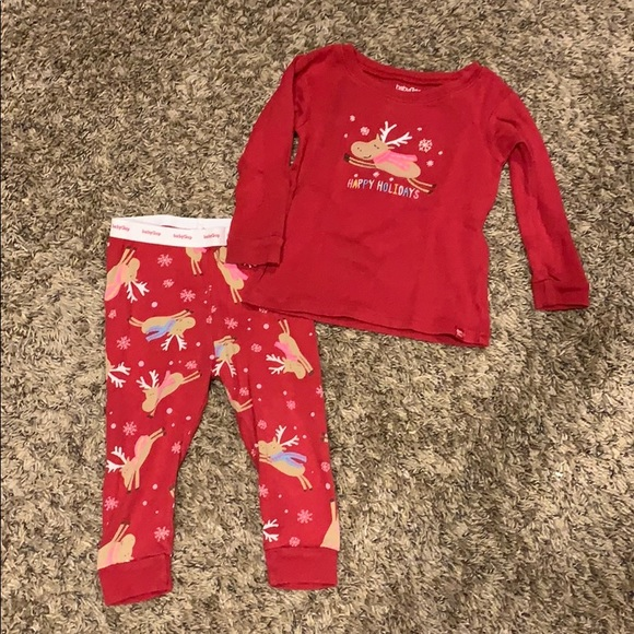 NWT BABY GAP Red Holiday Christmas FIRETRUCK 2 piece PAJAMAS PJS SZ12-18 months